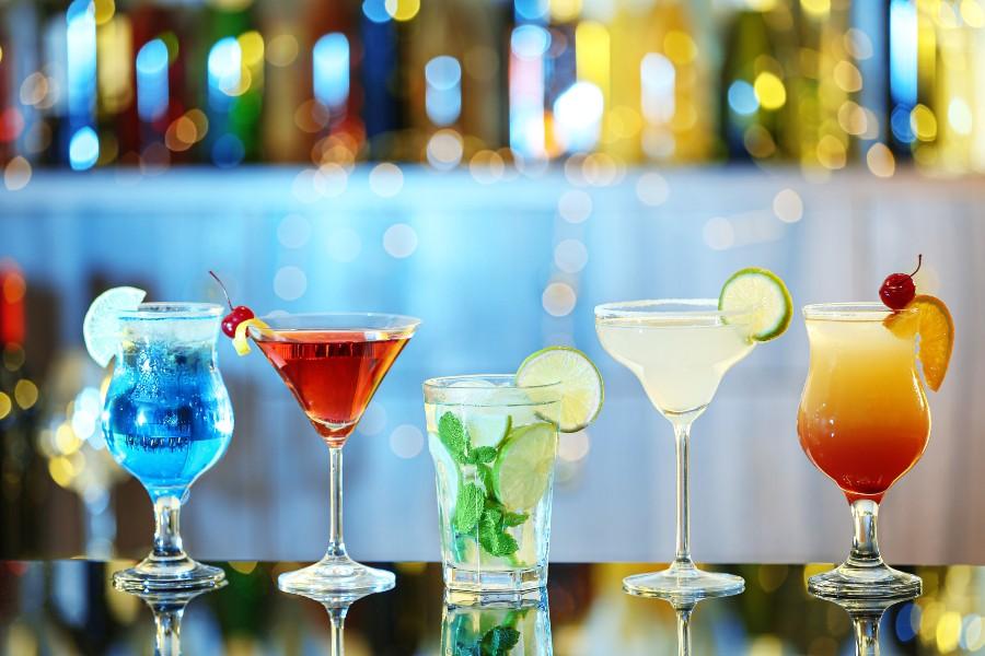 Drink alcolici colorati