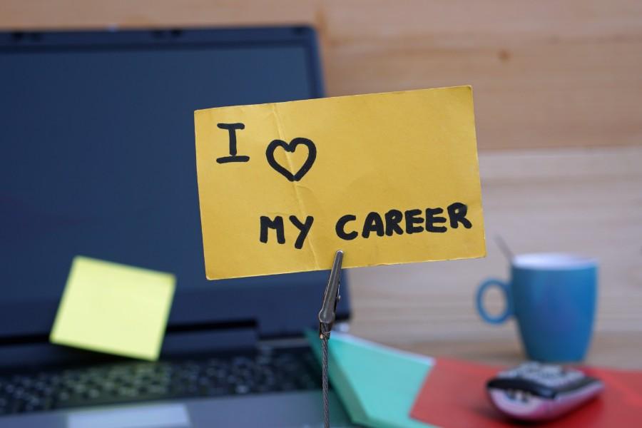 "Post-it con scritta ""I love my career"""
