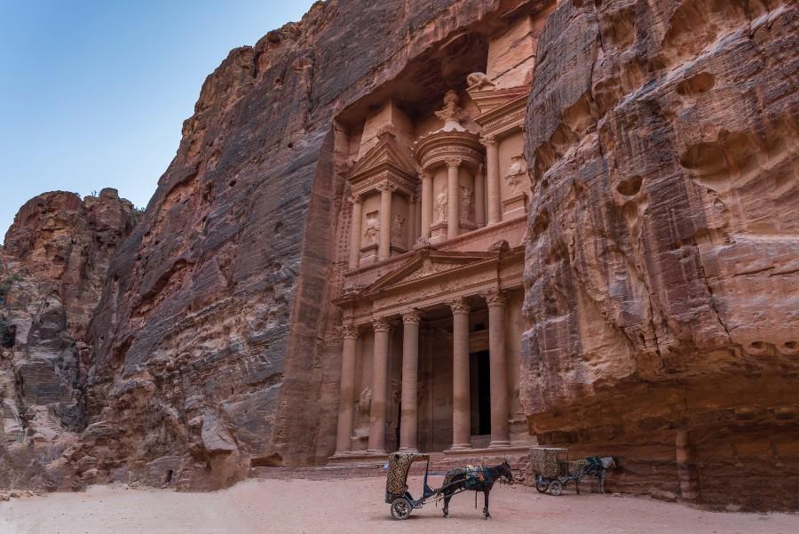 Luoghi da visitare almeno una volta nella vita: scorcio di Petra - Foto di Abdullah Ghatasheh da Pexels